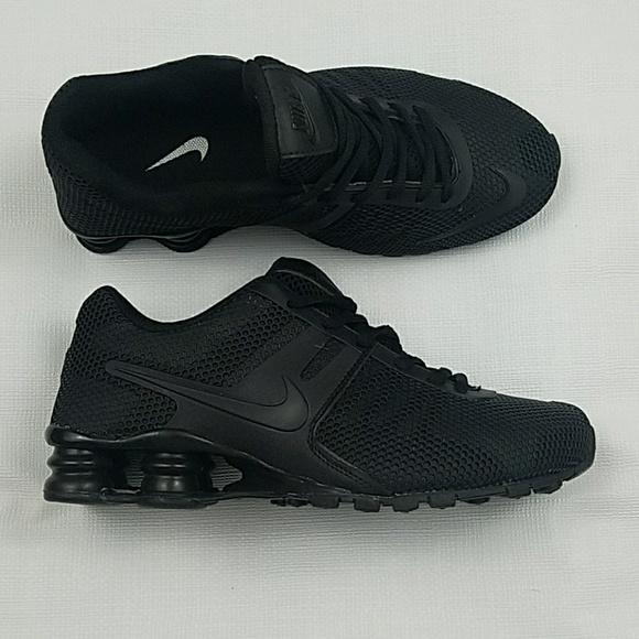 womens Nike shoes black size 8
